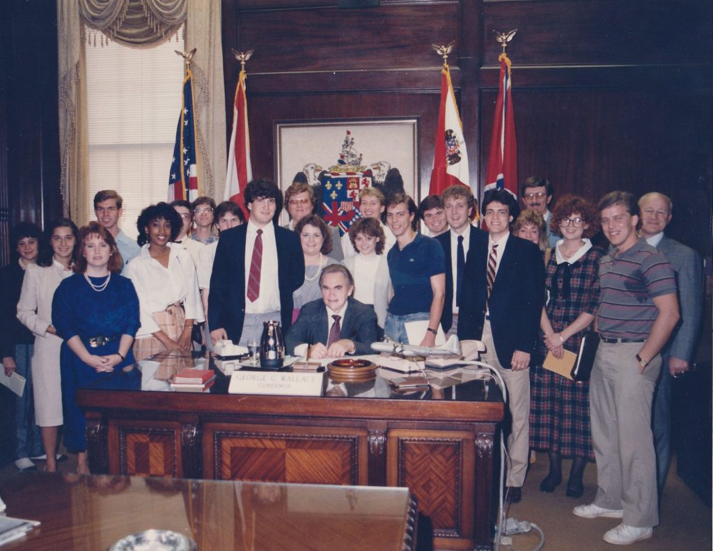 Dr. Frank Deaver's journalism class meets Gov. Wallace, 1985