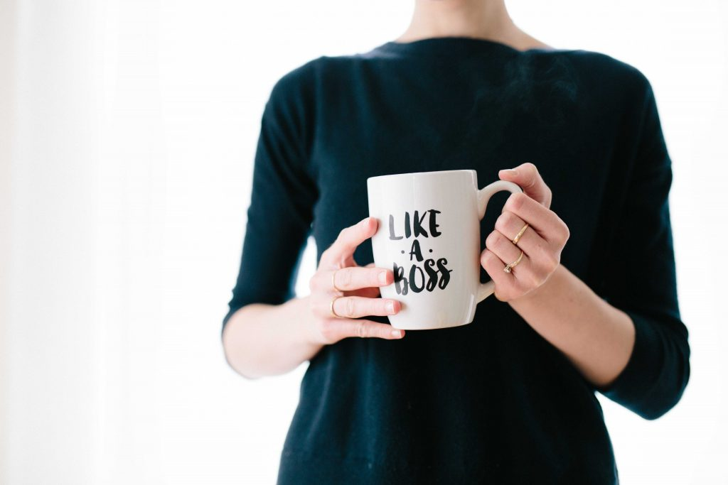 "Mug with saying ""like a boss"""